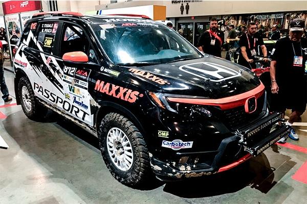SEMA 2019: Maxxis Launches Razr AT SUV Tire