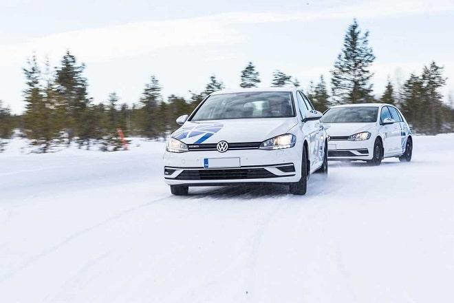 Test World 2020: Winter Tire Test. Snow Handling.