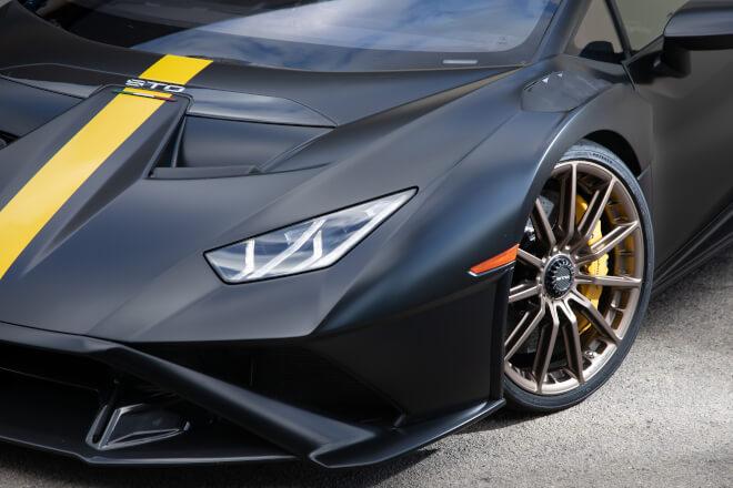 Lamborghini HuracánSTO