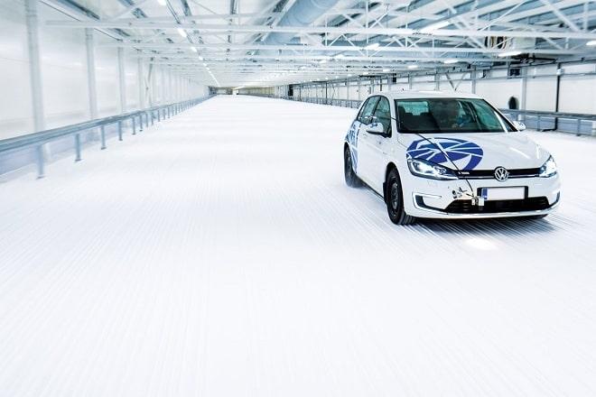 Test World 2020: Winter Tire Test. Snow Braking.