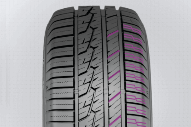 Cross-designed grooves and sipes