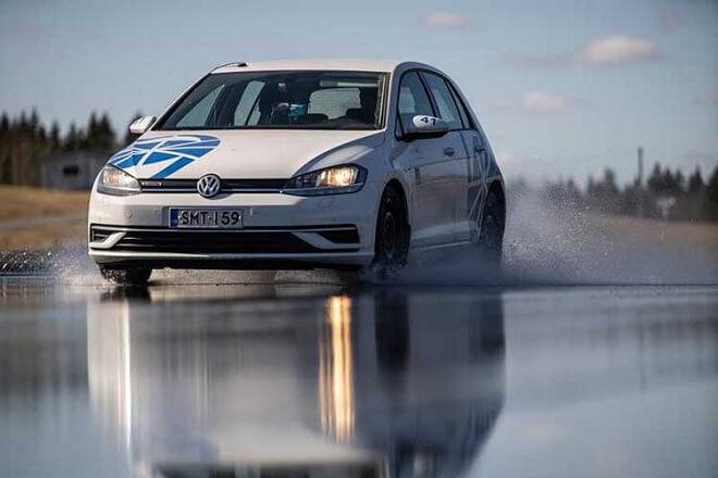 Test World 2021 wet braking