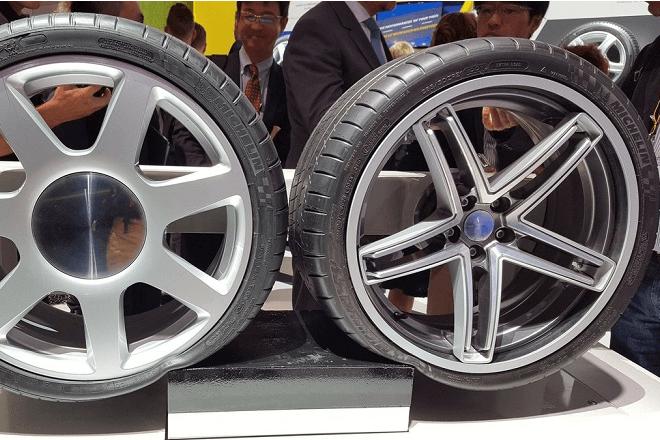 Maxion Flexible Wheel with Michelin Acorus Technology