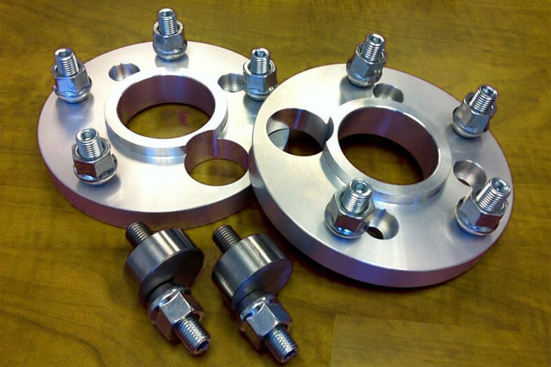 An example of a 4 to 5 lug wheel spacer